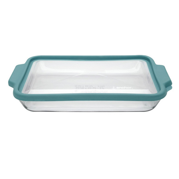 9 x 13 Glass Baking Dish with TrueFit Lid