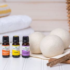 Wool Dryer Balls & Essential Oil Kit