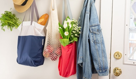 Shopping & Travel Bags
